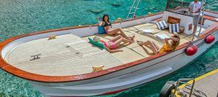Prenota un giro dell'isola in barca privata