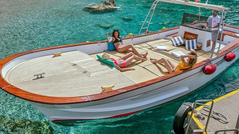 Book a tour of the island by private boat